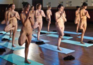 Würde ich Nackt-Yoga wieder tun?