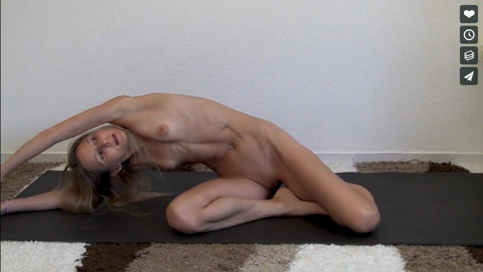 Nackt Yoga Video: Shakti Yogasequenz Nackt Yoga Video: Innere Göttin