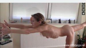 Nackt Yoga Video: Freestyle Yoga