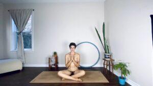 Sarah-Jane, the naked yogi: Ich bin dankbar für meinen nackten Körper