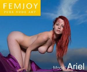 Femjoy Nackt Yoga Girl