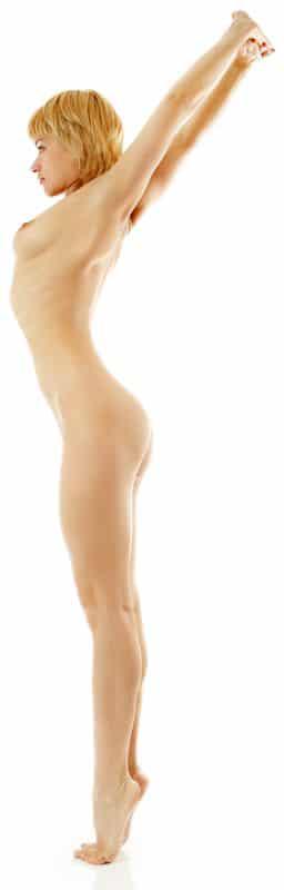 "Nackt-Yoga-Pose: ""Palmenhaltung"""