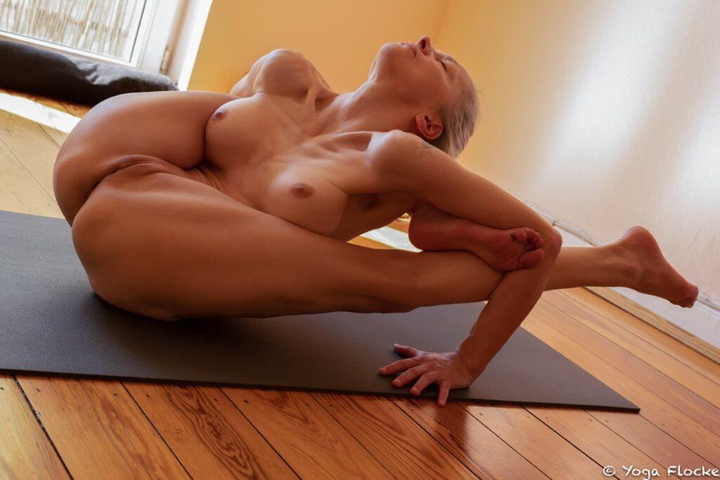 Ashtanga Nackt-Yoga in der Tradition von Sri K. Pattabhi Jois