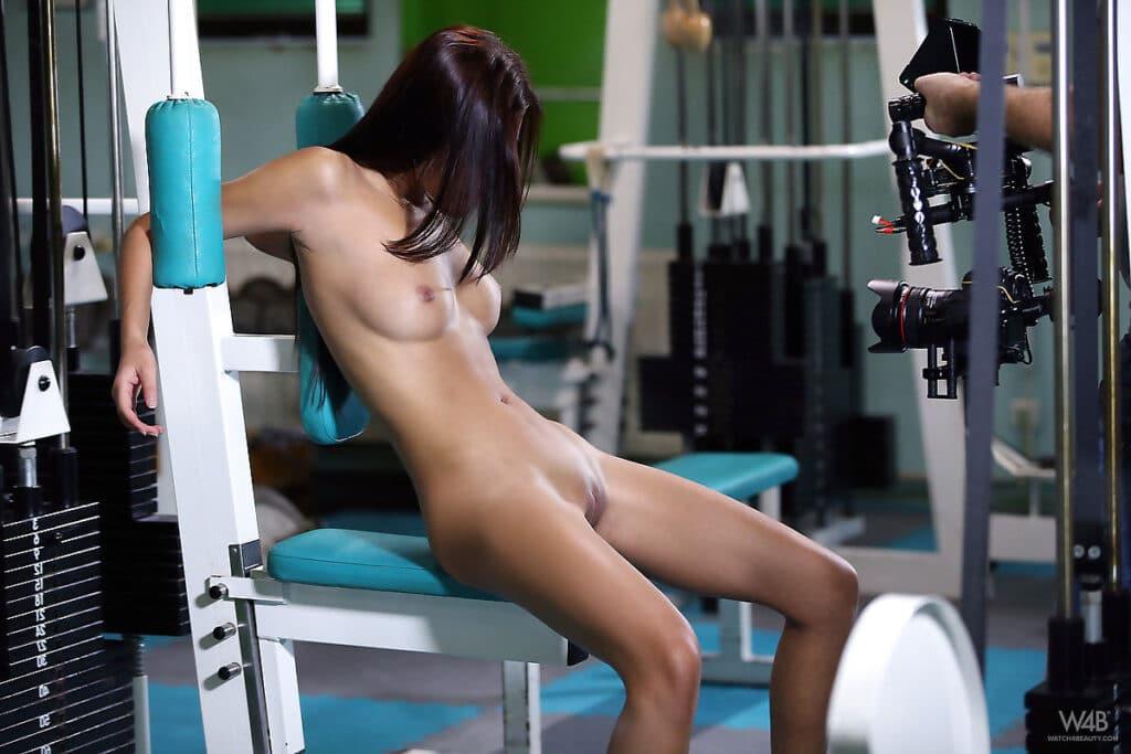 Nacktsport: Nackt-Übungen sind nicht für jeden etwas